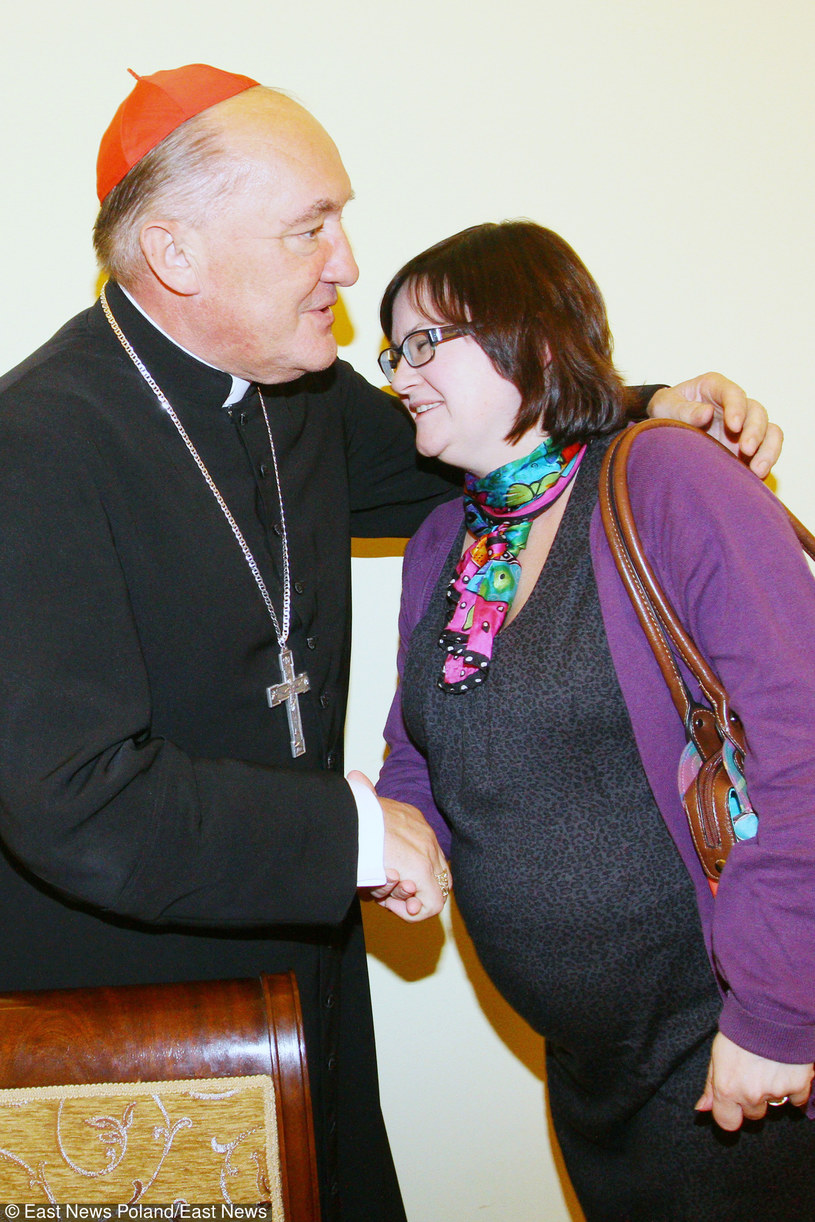 Małgorzata w objęciach kardynała /- /East News