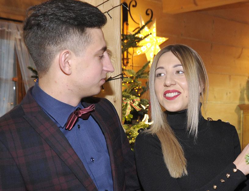 """Małgosia i Paweł z """"Rolnik szuka żony 4"""" zakochali się w sobie. Czyżby zdecydowali się na ważny krok /Gałązka /AKPA"""