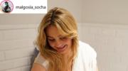 Małgosia Socha w koszuli nocnej