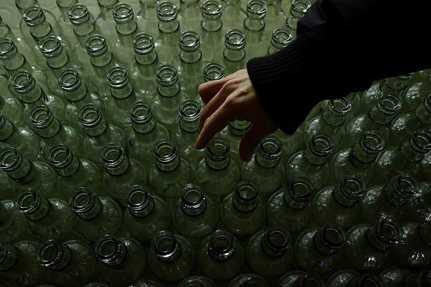 """""""Małkpi"""" nie wypierają dużych butelek /AFP"""