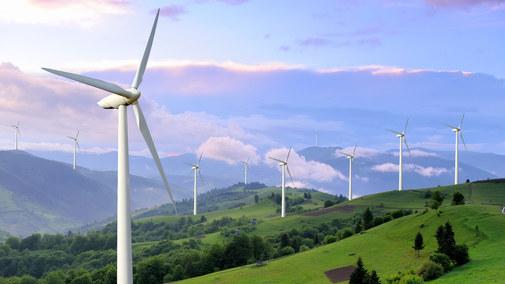 """Małopolska: 10 tys. rodzin zainwestuje w """"zieloną"""" energię"""