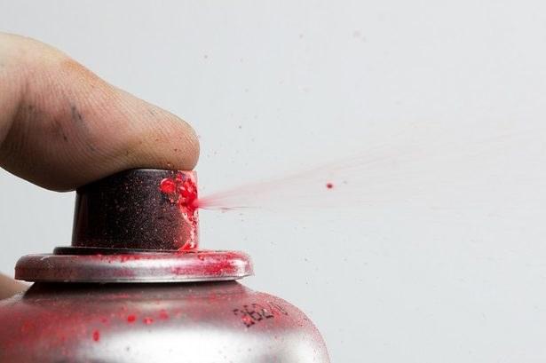 Malowanie cienkimi warstwami /© Photogenica