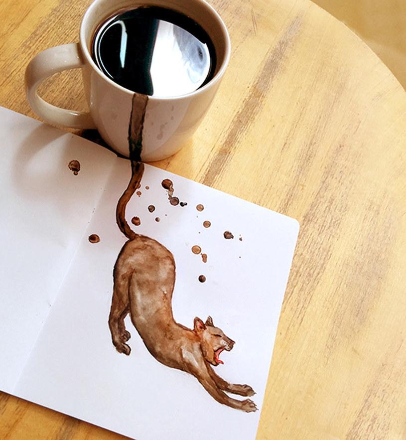 malowanie kawą /© Photogenica