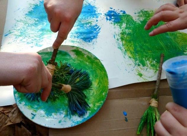 malowanie pędzlami /© Photogenica