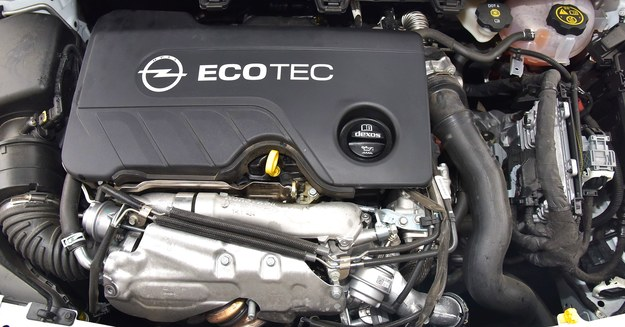 Mały, ale mocny – nowy diesel biturbo Opla rozwija 100 KM z litra pojemności. /Motor