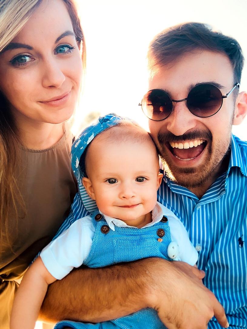 Mały Max z rodzicami /Fundacja DKMS /