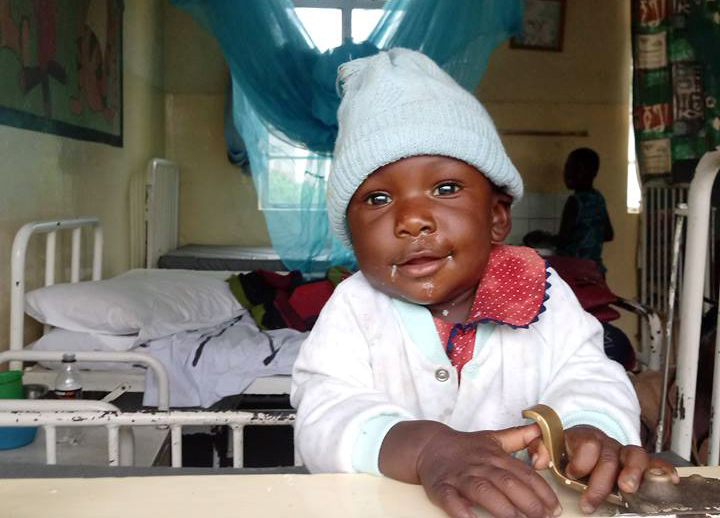 Mały pacjent ze szpitala w Katondwe /materiały prasowe
