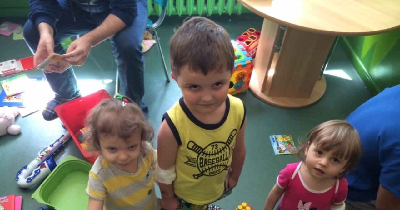 Małych pacjentów w szpitalu przy ul. Niekłańskiej w Warszawie odwiedził Krzysztof Berenda