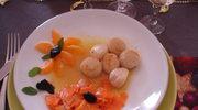 Malze St. Jacques, sos mandarynkowy, marchewki na sposob orientalny