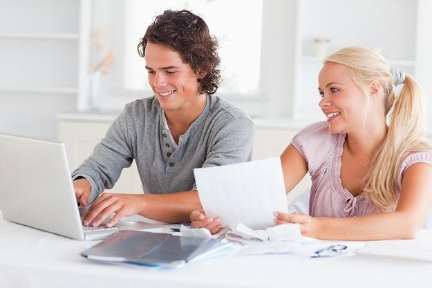Małżeństwo może zyskać na podatku dodatkową pensję /© Panthermedia
