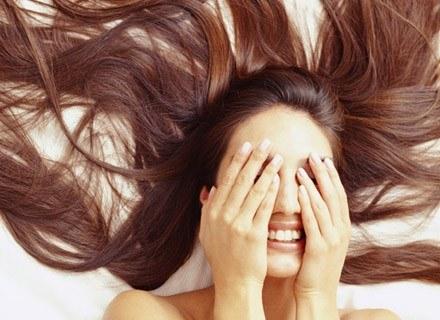 Mam już dość przetłuszczjących się włosów /INTERIA.PL