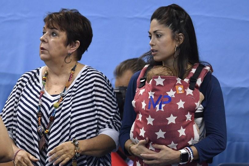 Mama Phelpsa, jego syn i Nicole /CHRISTOPHE SIMON / AFP /East News