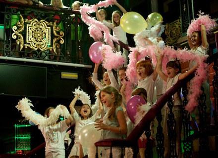 Mamma Mia Kids na planie /Magic Records