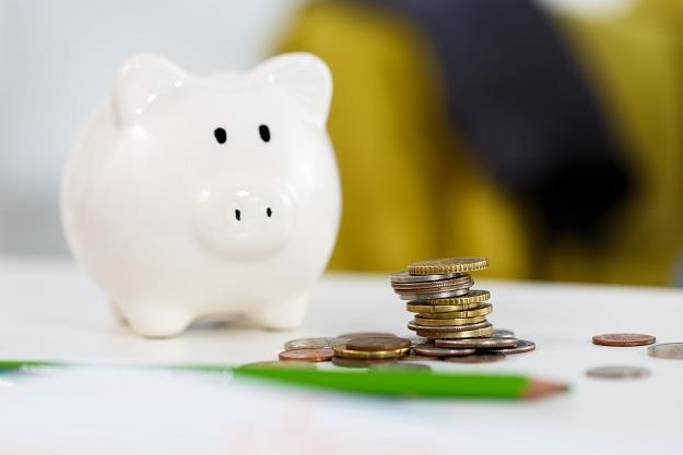 Mamy więcej oszczędności, ale wciąż stawiamy na lokaty /©123RF/PICSEL
