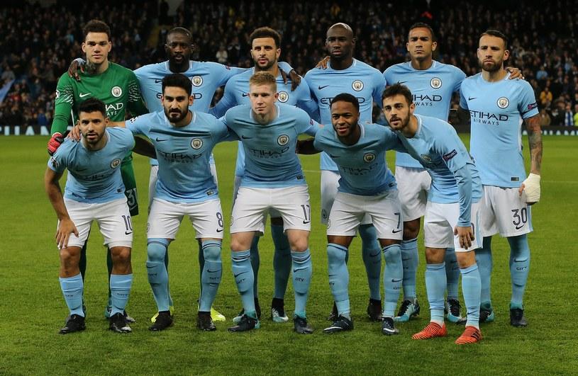 Manchester City pozostaje jedynym niepokonanym zespołem w Premier League /PAP/EPA