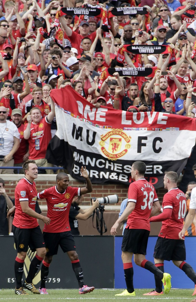 Manchester United w trakcie meczu na Michigan Stadium /AFP