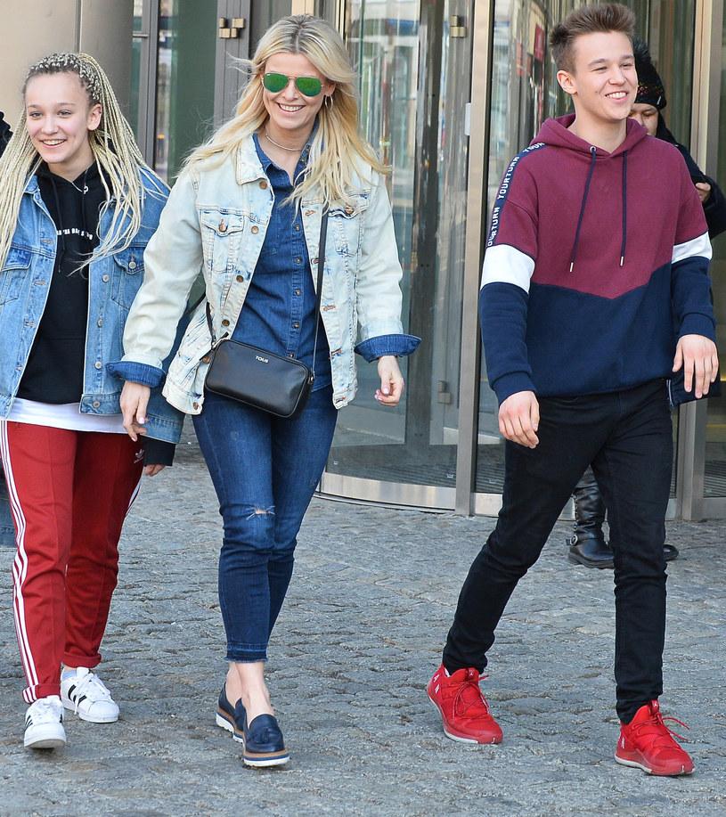 Mandaryna, Fabienne i Xavier /MWMedia