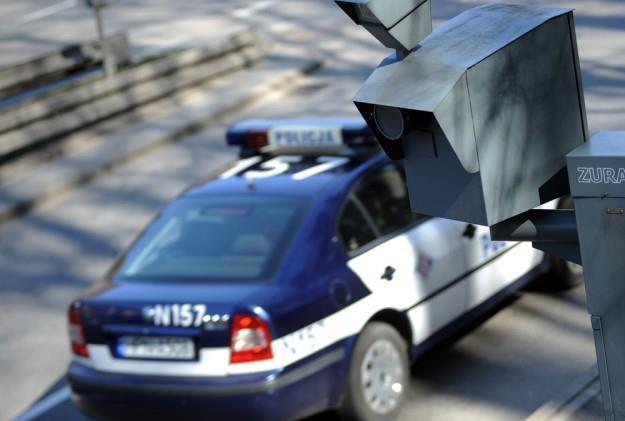 Mandaty ma płacić właściciel samochodu... /Wojciech Stróżyk /Reporter