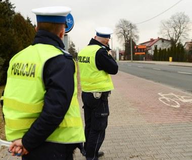 Mandaty w Polsce są zbyt niskie?