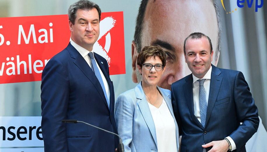 Manfred Weber, Annegret Kramp-Karrenbauer i Markus Soeder. /Clemens Bilan /PAP/EPA