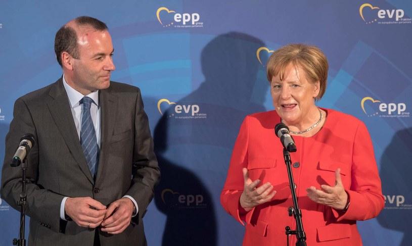 Manfred Weber i Angela Merkel /AFP