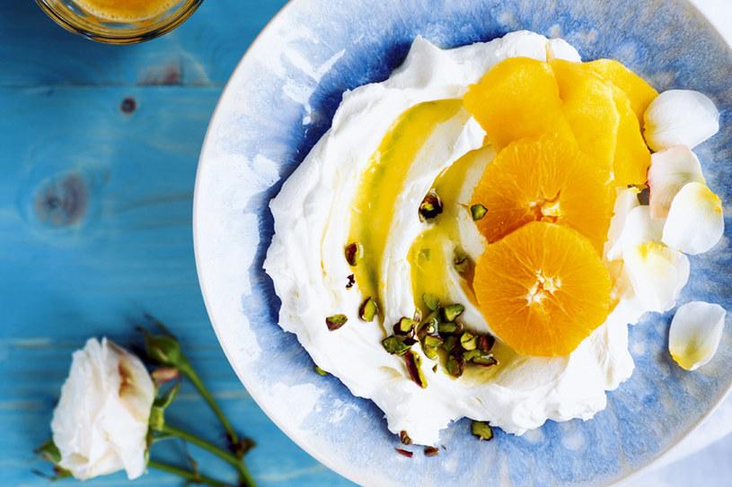 Mango z pomarańczami /PANI