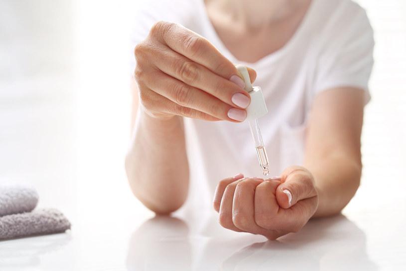 Manicure idealny na lato /123RF/PICSEL