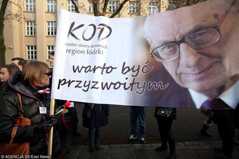Manifestacja KOD w Łodzi /Cezary Pecold /East News