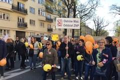 Manifestacja nauczycieli przed MEN