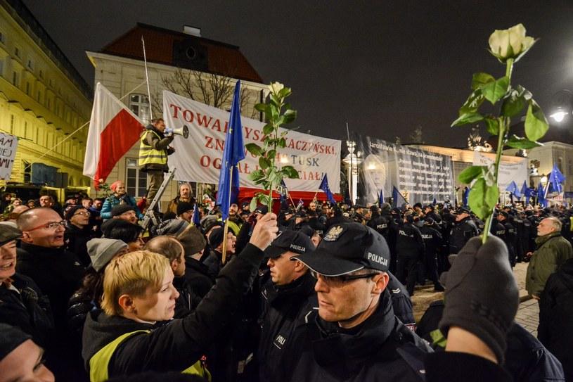 Manifestacja Obywateli RP w czasie miesięcznicy smoleńskiej /Mariusz Gaczyński /East News