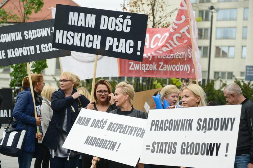 Manifestacja OPZZ / Jakub Kamiński    /PAP