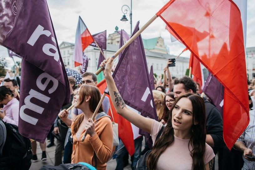 Manifestacja partii Razem /Maciej Stanik /Reporter