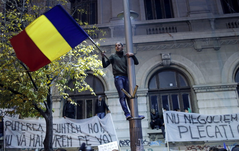 Manifestacja po tragedii w klubie /ROBERT GHEMENT /PAP/EPA
