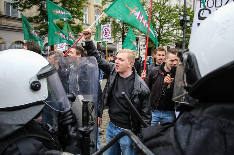 Manifestacja przeciwników marszu równości /Jan Graczyński /East News
