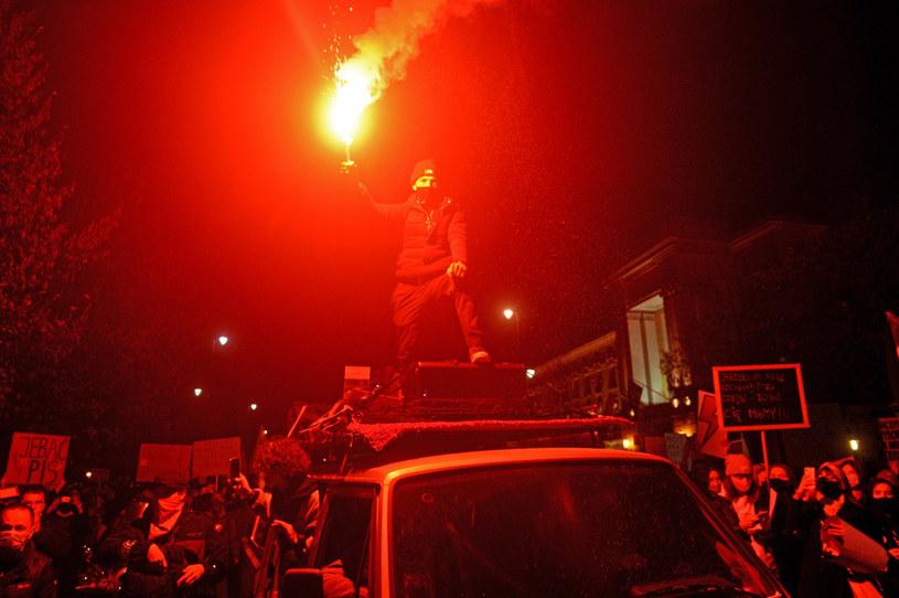 Manifestacja przed KPRM /Jan Bielecki /East News