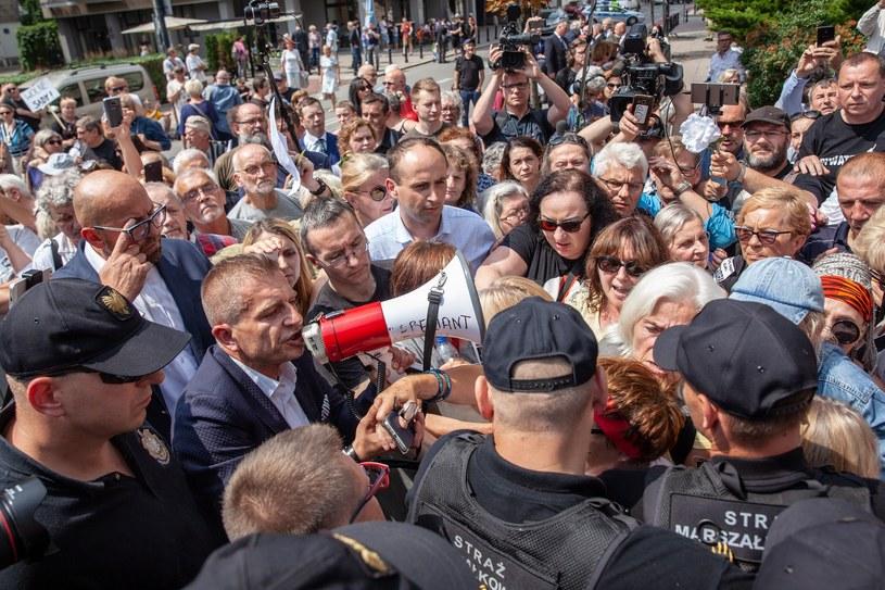 Manifestacja przed Sejmem /Grzegorz Banaszak /East News