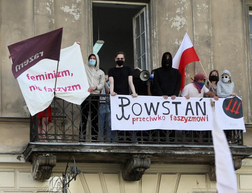 Manifestacja w kontrze do marszu narodowców /Jakub Kamiński   /East News