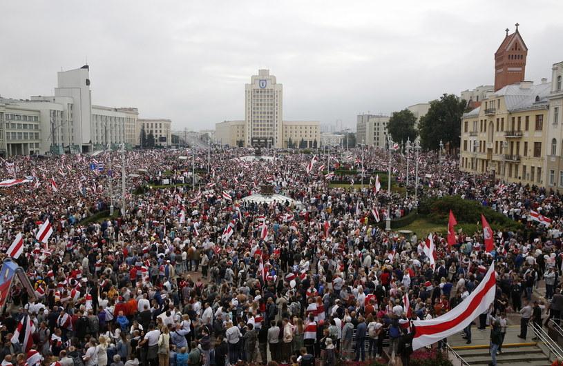 Manifestacja w Mińsku 23 sierpnia 2020 /EPA/TATYANA ZENKOVICH /PAP/EPA