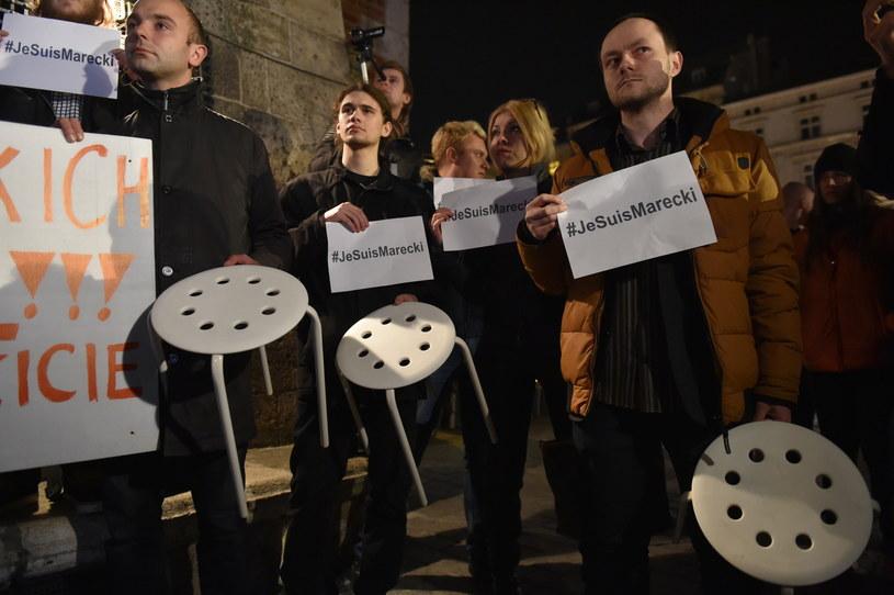 Manifestacja w obronie zatrzymanego mężczyzny /Jacek Bednarczyk /PAP