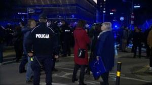 Manifestacja w Warszawie. Protestujący przeszli przed siedzibę PiS
