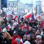 Manifestacje Komitetu Obrony Demokracji w Londynie i Berlinie