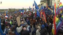 Manifestacje po wyroku TK. Ogromny wiec zwolenników Unii Europejskiej w Warszawie