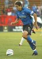 Manny Lagos - strzelec drygiego gola dla ekipy z San Jose /Chris Reiko