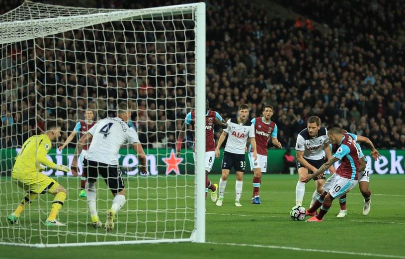 Manuel Lanzini strzela gola dla West Ham United /Getty Images
