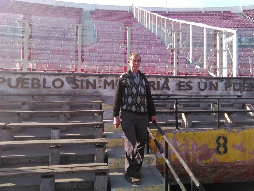 Manuel Mendez na stadionie w Santiago /Remigiusz Półtorak /INTERIA.PL