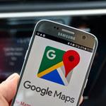 Mapy Google ze specjalnym interfejsem samochodowym