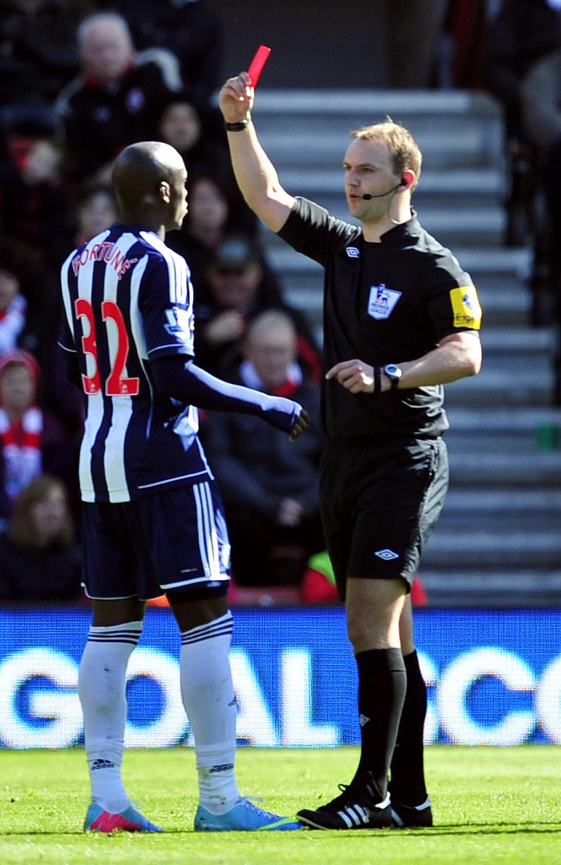 """Marc-Antoine Fortune w meczu ze """"Świętymi"""" zdobył gola i zobaczył czerwoną kartkę /AFP"""