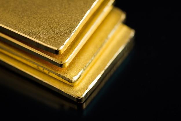 Marc Faber radzi kupować złoto, platyne i srebro /©123RF/PICSEL
