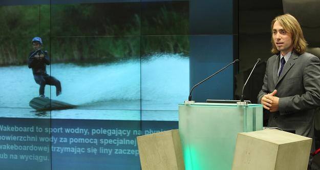 Marcel Terlikowski, prezes WakeParku, podczas debiutu an NewConnect /PAP