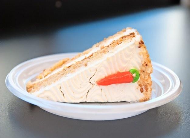 Marchewkowe ciasto /123RF/PICSEL